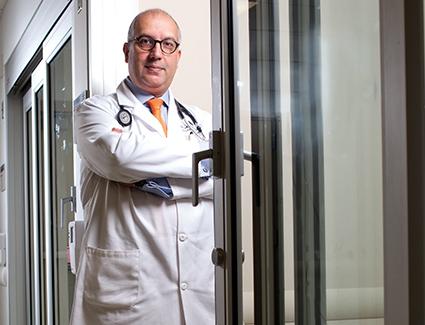 Dr. Markus Y. Mapara