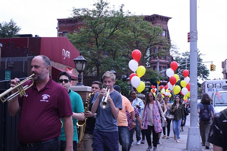 Berkeley Carroll School Jazz Ensemble and attendees at New York Methodist's Cancer Survivors Event