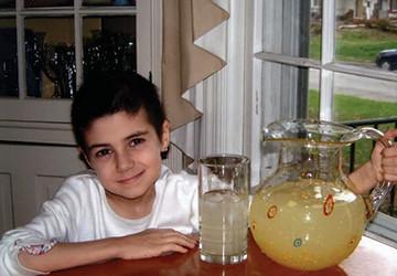 Alexandra Scott with a pitcher of lemonade