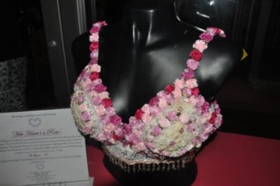 'Her Heart's a Rose' wins 1st Place at in HVHC's Jazz Up Your Foundation Bra Decorating Contest