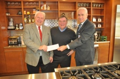 Hope for Youth Foundation Donates $10,000 to HVHC's Young Chefs Program