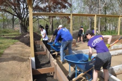 HVHC Celebrates Earth Week with Volunteer Day in its Organic Garden