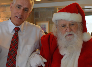NewYork-Presbyterian/Hudson Valley Hospital Santa's Helpers Makes Wishes Come True for Children in Need
