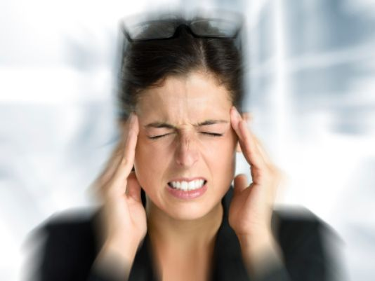 How to combat the effects of migraine headaches